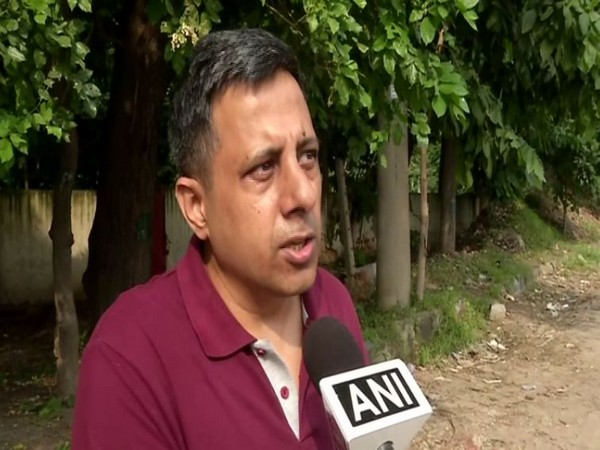 'Conundrum' author Anuj Dhar