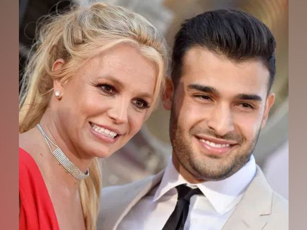 Britney Spears and Sam Asghari (Image source: Instagram)