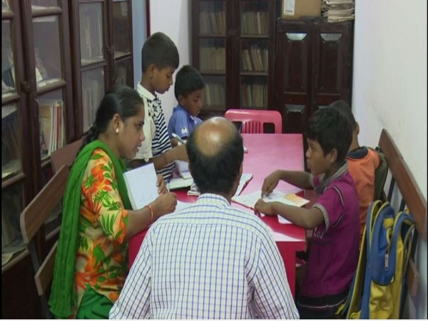 Underprivilged schildren studying in Navbharat Night High School in Mangaluru, Karnataka [Photo/ANI]