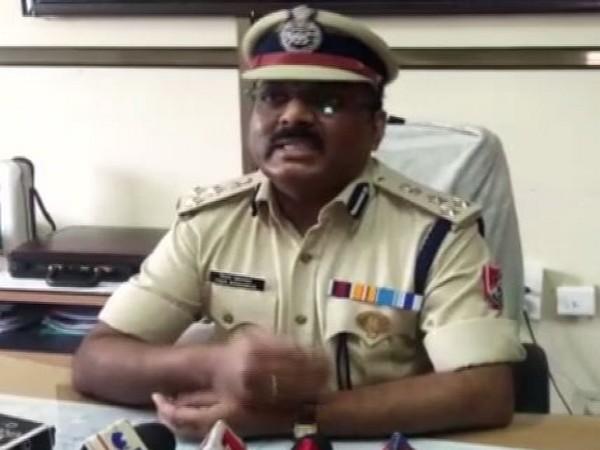 Accused RPF DIG Vijay Khartarkar talking to media persons at Jabalpur on Monday