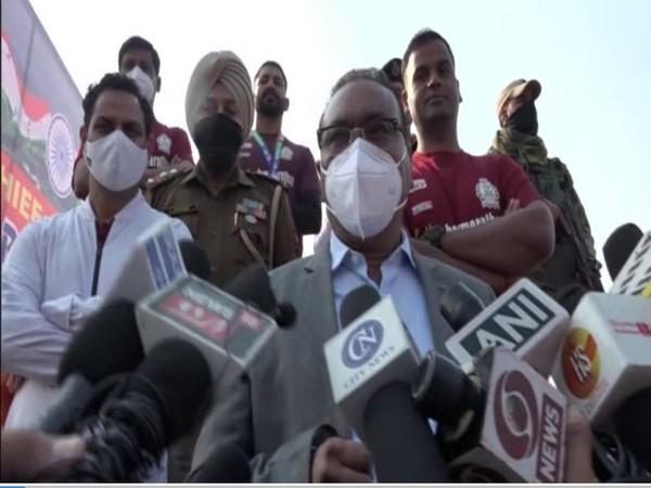 Jammu and Kashmir's DGP Dilbag Singh addressing media at Kathau