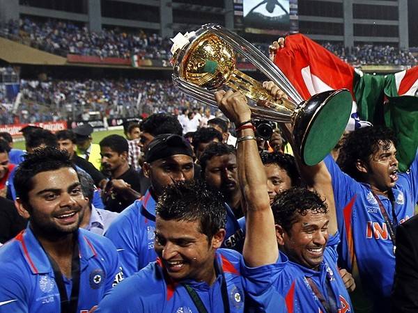 Team India celebrating after 2011 World Cup win