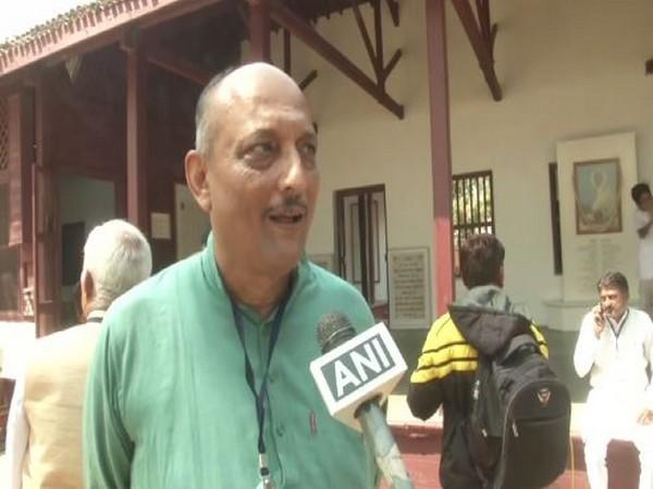 Director of Sabarmati Ashram Atul Pandya speaking to ANI. Photo/ANI