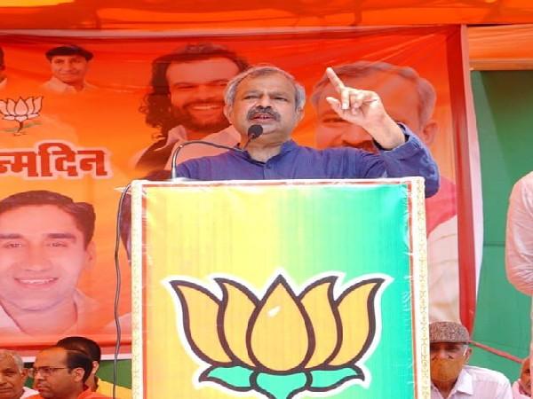 Delhi BJP chief Adesh Gupta (Photo/Twitter)