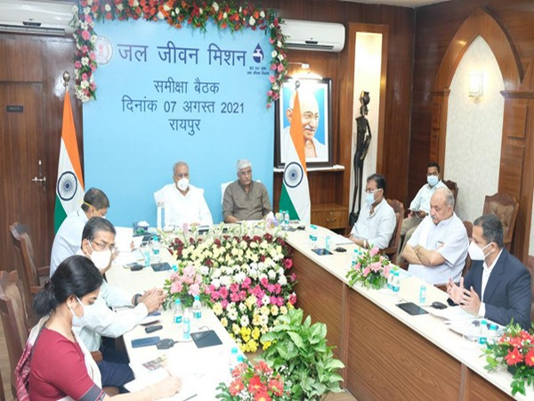 Visual of the meeting chaired by CM Bhupesh Baghel, Minister of Jal Shakti Ministry Gajendra Singh Shekhawat (Photo/PIB)