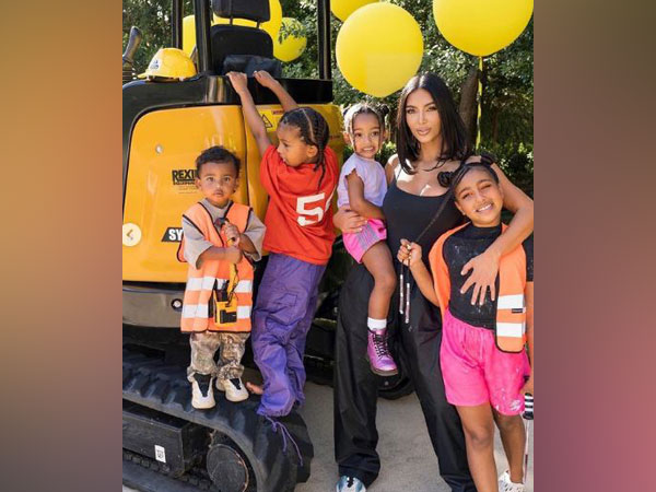 Kim Kardashian with her kids (Image source: Instagram)