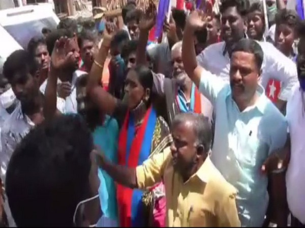 Visuals before the clash between VCK and BJP cadres