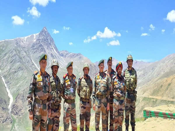 Visual of CDS Bipin Rawat along with other Army officials  in Ladakh (Photo/Twitter)