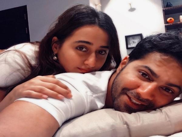 Varun Dhawan with wife Natasha Dalal (Image Source: Instagram)