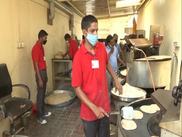 Volunteers working in the kitchen