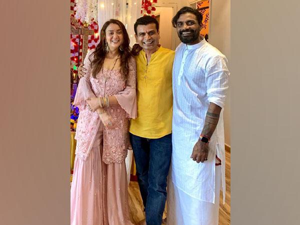 Lizelle D'Souza, Suuraj Sinngh and Remo D'Souza (L to R) (Image source: Instagram)