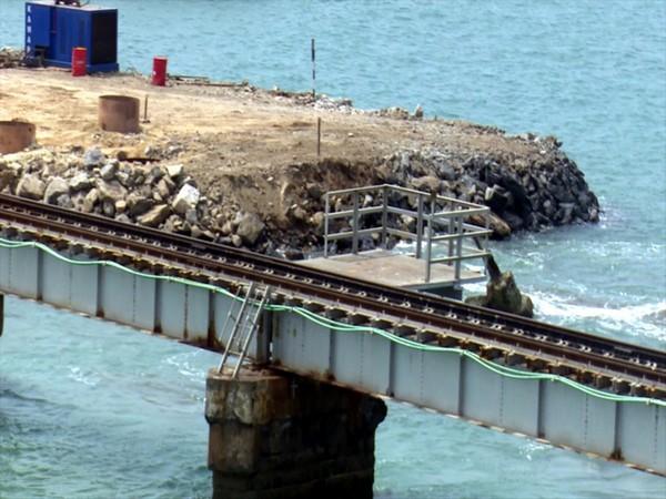 Visual of new Pamban railway bridge under construction