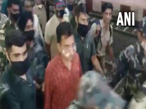 BJP leader Kirit Somaiya at Karad Railway Station (Photo/ANI)