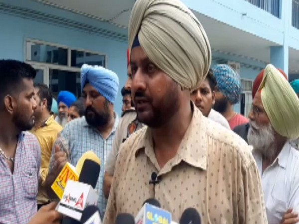 Deputy Superintendent of Police Gurban Singh speaking to media persons in Ludhiana, Punjab on Tuesday.