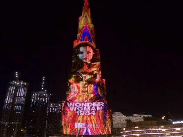Wonder Woman 1984 illuminated Burj Khalifa in Dubai (Image Source: Instagram)