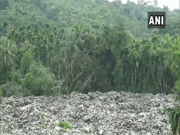 Pachanady dumping yard spills on to residential area in Mangalore. Photo/ANI