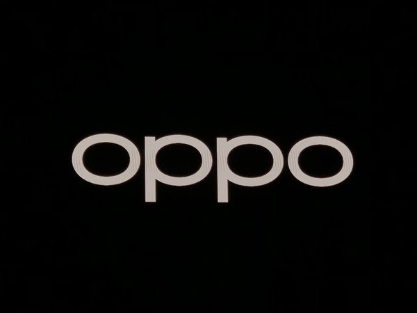 In an official tweet, Oppo revealed that the Reno 2 will come with four cameras at the back and a 20x zoom support.