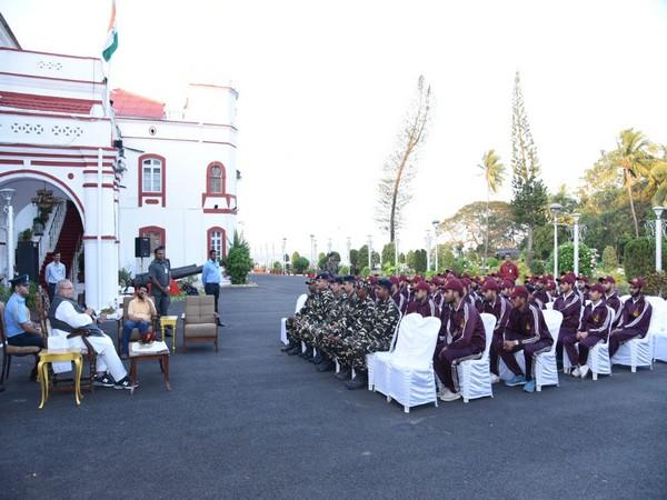 Goa Governor Satya Pal Malik meets students from Jammu and Kashmir on Friday. (Photo/ANI)