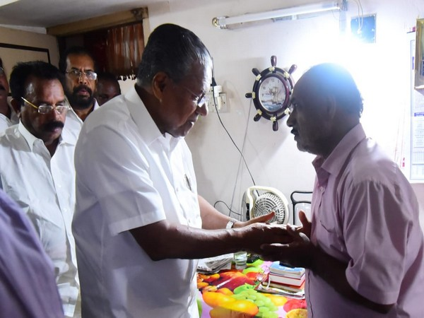 Kerala Chief Minister Pinarayi Vijayan met parents of one of the deceased in the Nepal tragedy in Thiruvananthapuram on Sunday. Photo/ANI