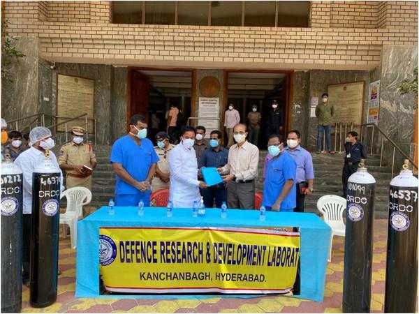 DRDO delivers medical oxygen to Gandhi Hospital in Secunderabad