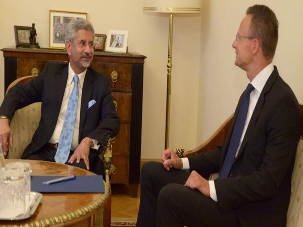 EAM S Jaishankar with his Hungarian counterpart Péter Szijjártó in Budapest on Monday (Photo/EAM's Twitter)