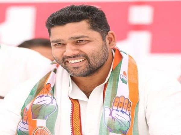 Rajasthan's youth affairs and sports minister Ashok Chandna (Photo/Twitter)