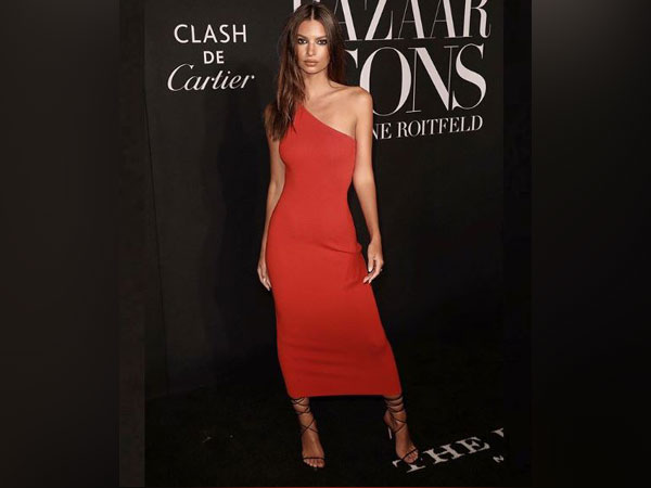 Emily Ratajkowski at Harper?s Bazaar Icons party of New York Fashion Week, Image courtesy: Instagram