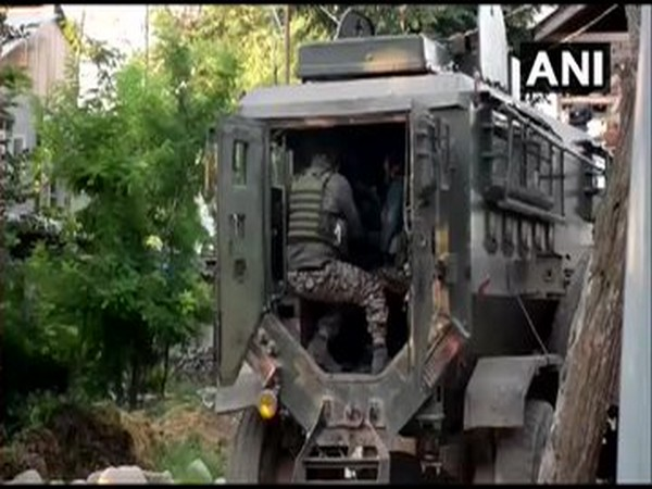 An encounter broke out at the Goosu area of Pulwama on Tuesday morning.