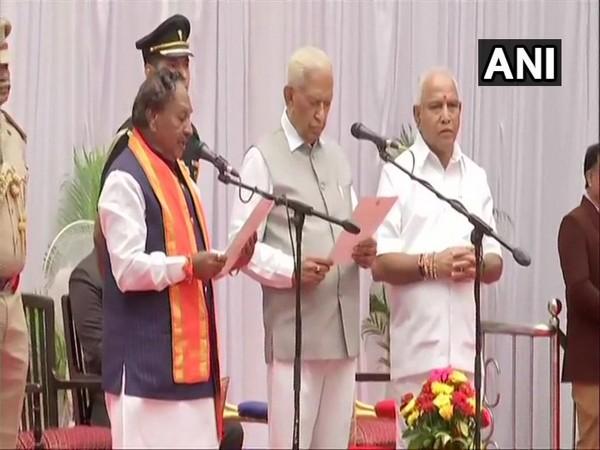 KS Eshwarappa taking oath as Cabinet minister in Bengaluru, Karnataka on Tuesday.