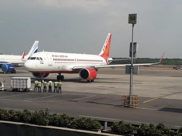 Air India flight airlifted 101 US nationals from Hyderabad (Photo/ANI)