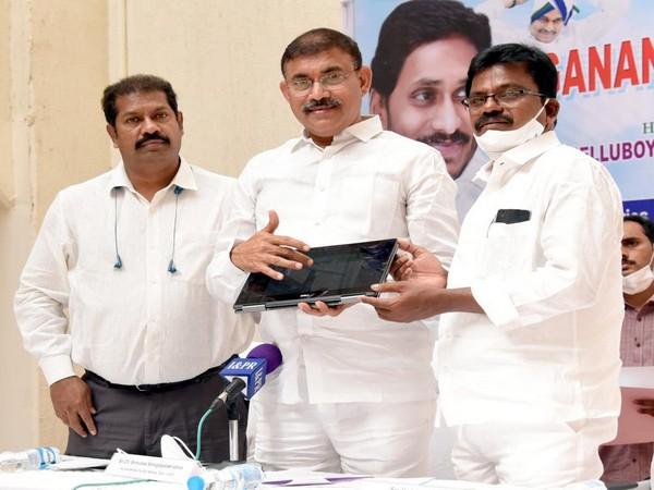 Andhra Pradesh Backward Classes (BC) Welfare Minister Chelluboyina Srinivasa Venugopalakrishna at the launch of the second phase of the scheme.
