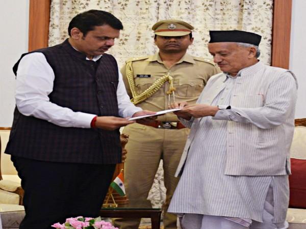 Devendra Fadnavis submitting resignation to Maharashtra Governor Bhagat Singh Koshyari on Friday in Mumbai. Photo/ANI