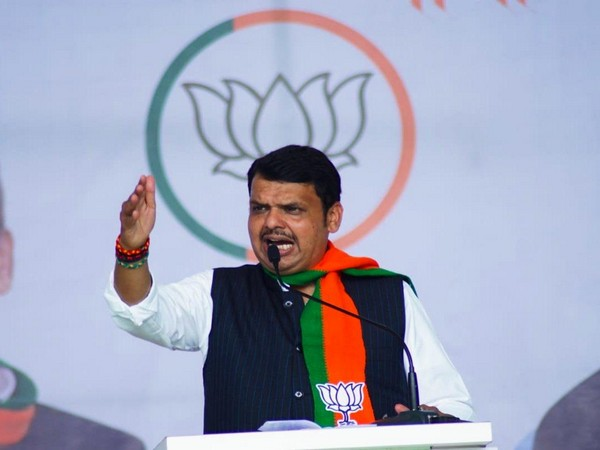 Chief Minister Devendra Fadnavis addressing a rally in Akot, Maharashtra.