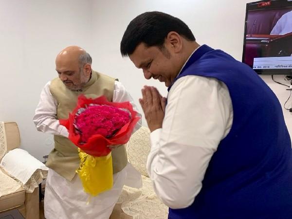 Image Courtesy: Twitter handle of Maharashtra Chief Minister Devendra Fadnavis.