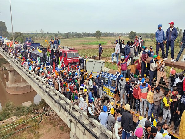 Farmers gathered at Shambhu border near Ambala on Thursday, to proceed to Delhi to stage a demonstration against the farm laws.