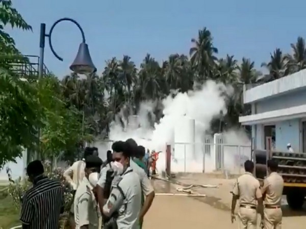 Visuals of oxygen tanker at South Goa District Hospital.