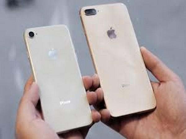 Apple iPhone 11 Pro Max teardown reveals bigger battery