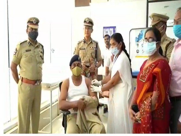 AP DGP Gautam Sawang supervises the COVID-19 vaccination drive for the police personnel (Photo/ ANI)