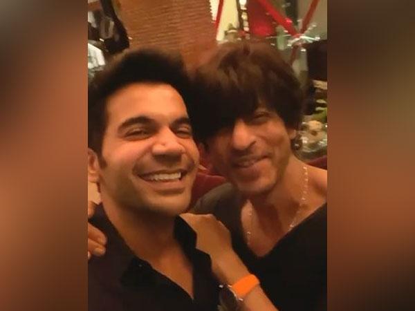 Rajkummar Rao and Shah Rukh Khan, Image Courtesy: Twitter