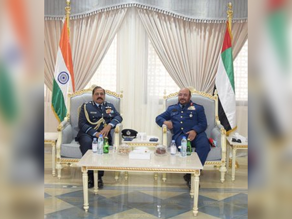 Indian Air Chief RKS Bhadauria and Major General Ibrahim Nasser M Al Alawi, Commander of the UAE Air Force and Air Defence. (Twitter: Indian Air Force)