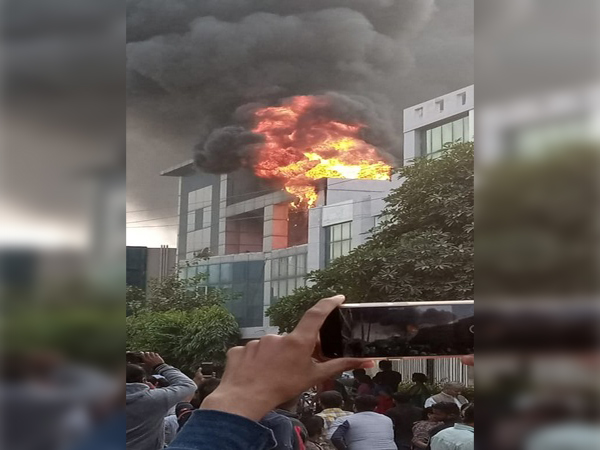 Visual of fire from the plastic factory in Manesar..