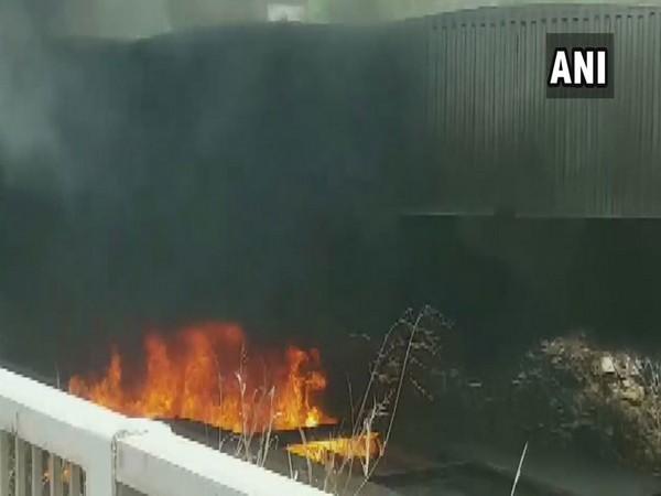 Visuals of fire from Barapullah flyover, New Delhi.