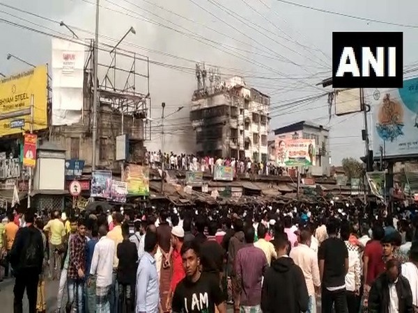 Fire erupted at Raja Bazar in Narkeldanga area of Kolkata ANI/photo