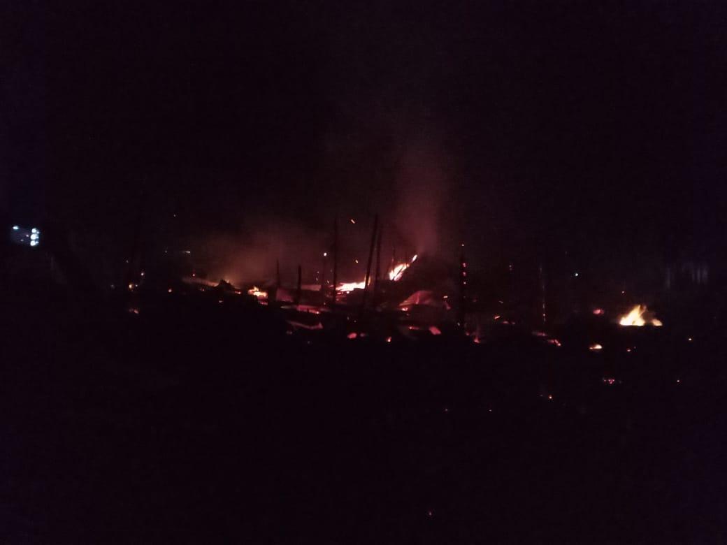 Fire breaks out in Gandhi Merket at Tezu, Arunachal Pradesh last night. Photo/ANI