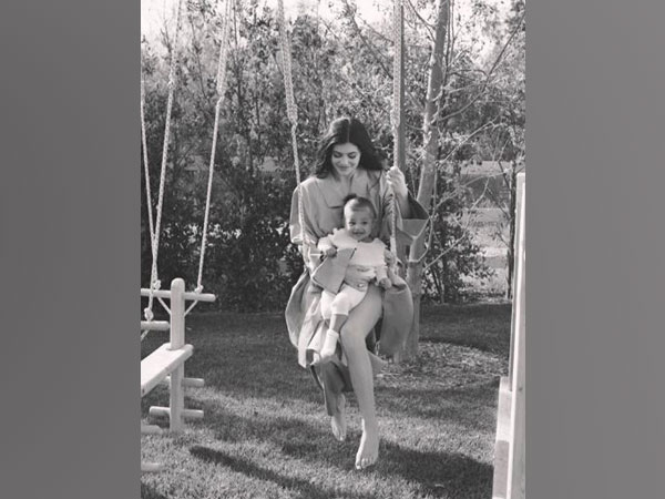 Kylie Jenner with her daughter (Image courtesy: Instagram)