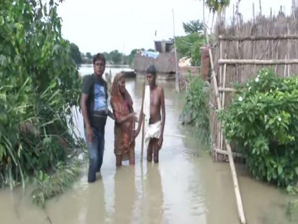 Residents of Dhadhiya village in Dharbhanga, Bihar. (Photo/ANI)