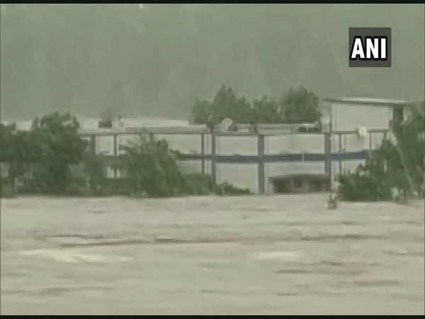 Visuals of flood in Khandwa area on Monday. Photo/ANI