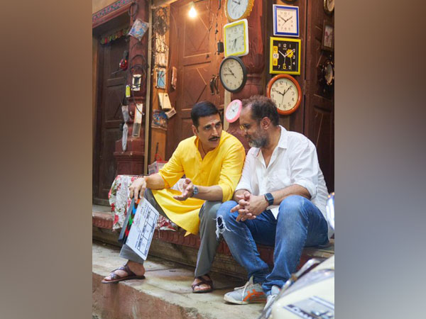 Akshay Kumar on 'Raksha Bandhan' set with Aanand L Rai
