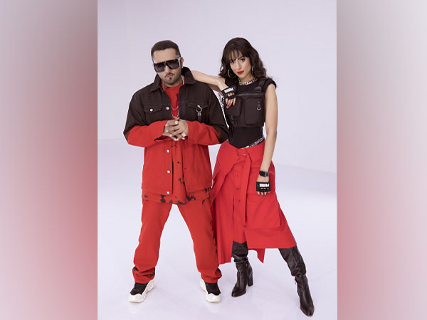 First Kiss ft. Yo Yo Honey Singh and Ipsitaa