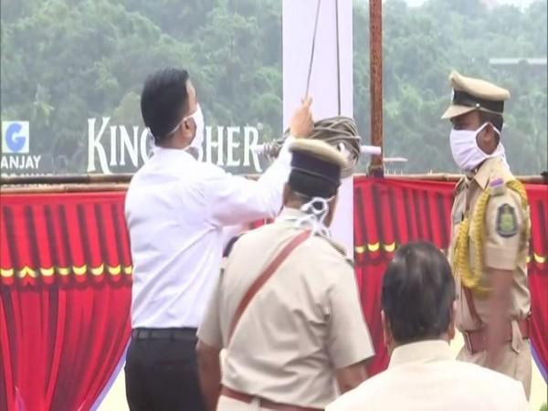 Goa Chief Minister, Dr Pramod Sawant hoisting national flag at Old Secretariat in Panaji (Photo/ANI)